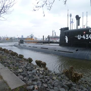 U Boot U434 in Hamburg