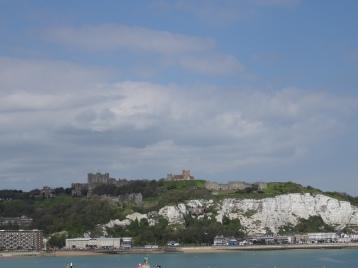 Dover - Blick auf Kreidefelsen und Castle