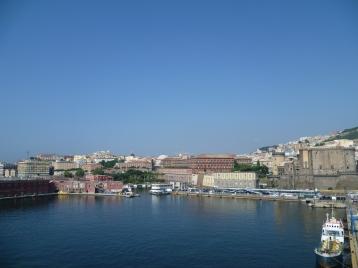 Neapel - Blick auf Neapels Hafen
