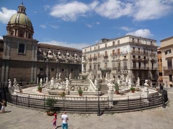Sizilien-Palermo - Piazza Pretoria