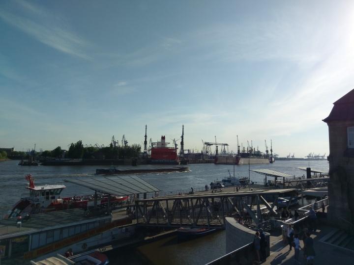 Hamburger Hafen - Die Werft Blohm + Voss
