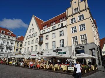 rathausplatz - raekoja plats