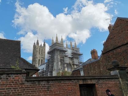 Leider etwas verhüllt: Die Kathedrale