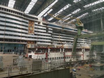Meyer-Werft - AIDAcosma