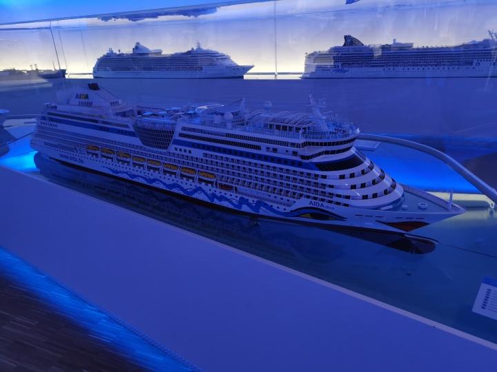 Meyer-Werft - Modellschiffe